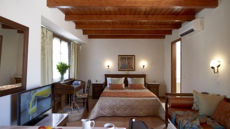 Atropa Travel, Palazzia Vecchio, Rethymno, Crete