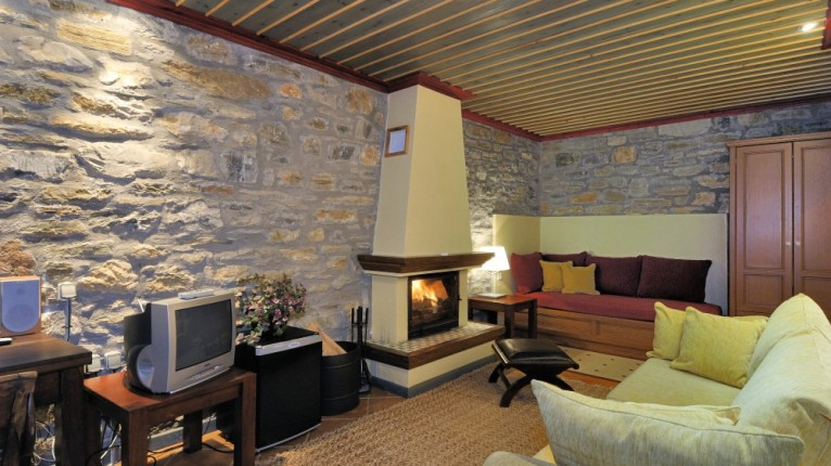 Atropa Travel, Boutique Hotel Anovolios, Pilion
