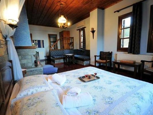 Atropa Travel, Guesthouse Amalthia, Tsagarada. Pelion