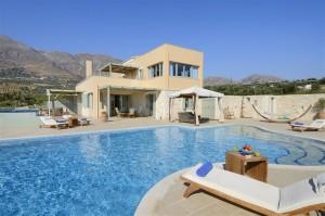Atropa Travel, Βίλα Δάφνη, Λευκόγεια , Κρήτη