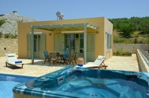 Atropa Travel, βίλα Λεμονιά, Λευκόγεια, Κρήτη